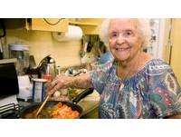 擔心老公吃不到!美87歲癌末婦準備夠老公吃一輩子食物