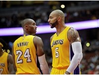 NBA/湖人布瑟放大絕 燒到Kobe屁股