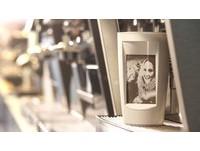 咖啡杯新創意 用一杯熱咖啡的熱能畫出你的照片