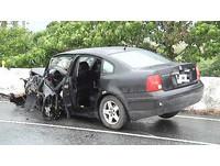 花蓮兩轎車下坡對撞釀4死 祖孫三代僅5歲女童奇蹟生還