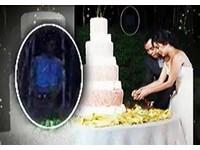 去年性愛影片外流 菲演藝圈情侶結婚照拍到幽靈?
