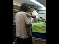 「來馬髒話哥」怒槓台鐵列車長 場面火爆乘客心臟病發《ETtoday 新聞雲》