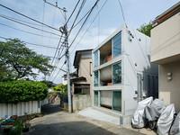 生活童話/日本屏風浦之家 美妙的樓層凹陷交疊設計