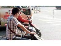 騎機車抽菸「有害他人」罰600 李茂生:不解修法意義