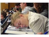 台灣考生平均只睡6.4小時 專家建議應睡至少7小時《ETtoday 新聞雲》