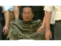 獄中7看護照料起居 陳水扁僅吃支持者送來飯菜!