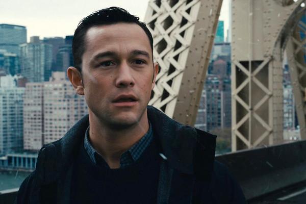 喬瑟夫高登驚現紐約地鐵站! 敲擊鼓棒化身樂手打鼓