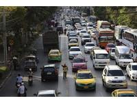 泰國新年假期象群衝撞車輛 車禍頻傳4天190人死亡