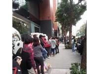 戴口罩+愛排隊+喜歡罵總統… 台灣人你中了幾項?