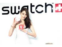 白歆惠散發粉紅氣息 準備打包Swatch手錶送男友