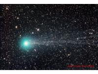 洛夫喬伊彗髪呈藍綠色 氰分子有劇毒!