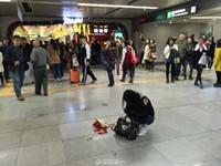 深圳女遭男友摔花「放生」 原因竟是素顏讓他丟臉