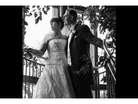 英女「嫌自己太胖」推遲婚禮 男友苦等她11年終於完婚