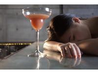 一喝酒就臉紅、醉倒? 當心你有「高中風風險」基因型