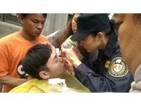 直擊/《八極》拍爆破戲受傷送醫 吳亞馨貼心清潔傷口
