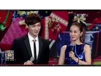 蔡依林熱貼EXO小鮮肉Lay秀舞 一臉嬌笑面對面性感Move