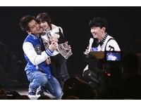 林俊傑邀KIMI上台 秀稚嫩童嗓和爸爸林志穎合唱