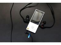 一個演唱會戴著走的概念!SONY XBA-Z5 入耳式耳機體驗