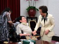 漸凍人律師陳俊翰赴美求學 衛生署願提供醫療協助