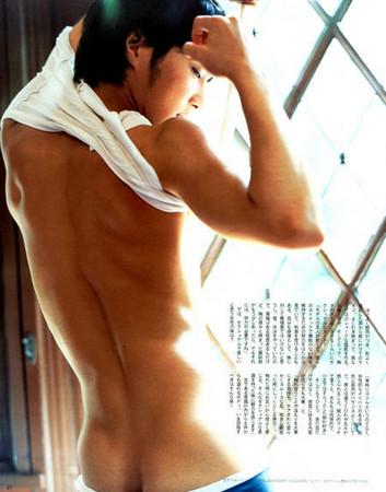 d97308 日本女大生「癖好大調查」 最喜歡的男性部位是?