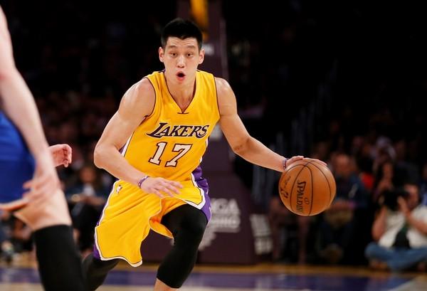 林書豪: NBA/林書豪左膝痠痛恐舊傷復發? 明接受MRI檢測