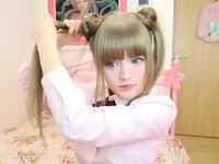 金髮妹迷上《美少女戰士》 拍影片教怎麼綁仙子雙馬尾