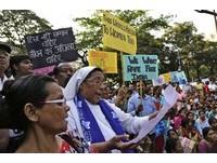 印度婦團不爽當局消極辦「性侵修女案」爆大規模抗議