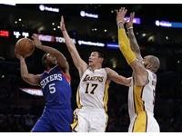 NBA/湖人再戰七六人 重點在搶樂透籤非贏球?
