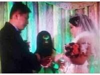 婚禮出現「綠臉女鬼」? 燈光師不夠專業的悲劇!