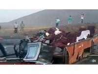 祕魯4車連環撞!巴士車體斷兩截 至少37死70傷