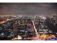 想看曼谷最美夜景?先登上蓮花酒店62樓