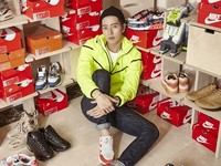 「星星暖男」朴海鎮竟是球鞋控 千雙球鞋藏車庫