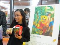 作品印在郭元益餅盒上 小6生畫畫幫阿公賣農產品