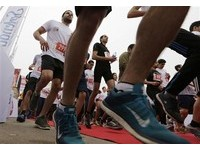 不是跑完就好!馬拉松後3天注意..痠痛乏力恐是橫紋肌溶解
