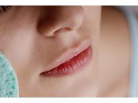 又到了「舔嘴唇」的季節!試試6招擺脫冬天乾裂和死皮
