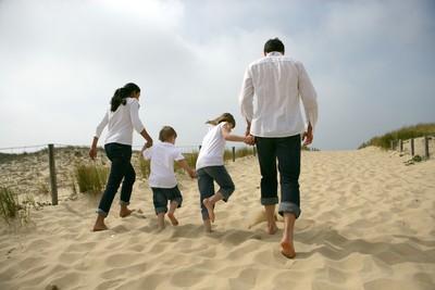 FUN暑假全家出國趣 旅遊信貸助攻旺季放心玩