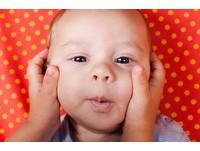 寶寶「不易受驚」超勇敢? 符合3症狀恐是延遲性聽損兒