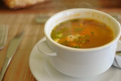 不只薑母鴨、麻油雞很補!冬天「4湯品」超暖胃...一喝安穩睡到天亮