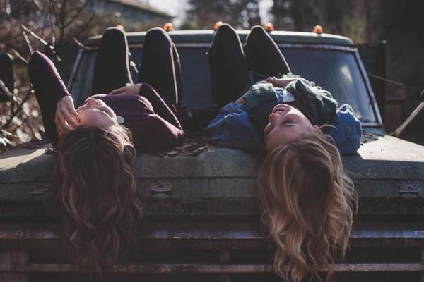 友情,友誼,開心。(圖/取自LibreStock網路)