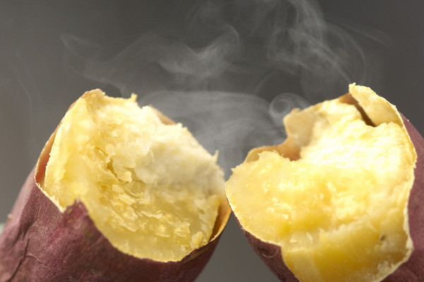 ▲烤地瓜,烤番薯。(圖/達志/示意圖)