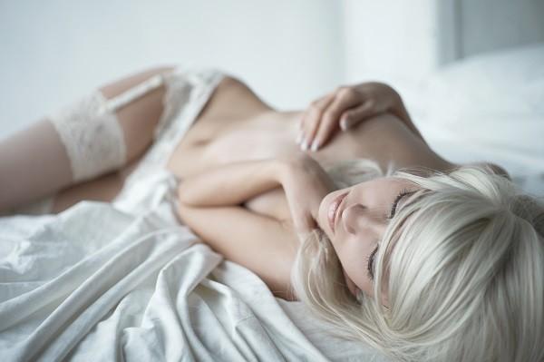 性感,女人,女性,裸體,裸女,裸露(圖/達志/示意圖)