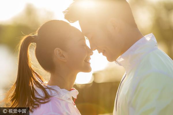 情侶、男女朋友、男友、女友、戀愛、交往、曖昧。(圖/CFP)