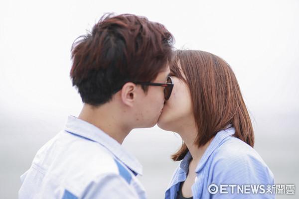▲情侶、接吻、男女朋友。(圖/記者黃克翔攝)