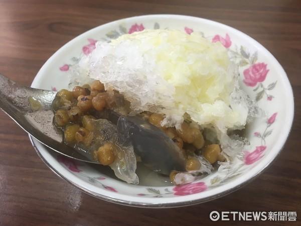 綠豆湯。(圖/記者嚴云岑攝)