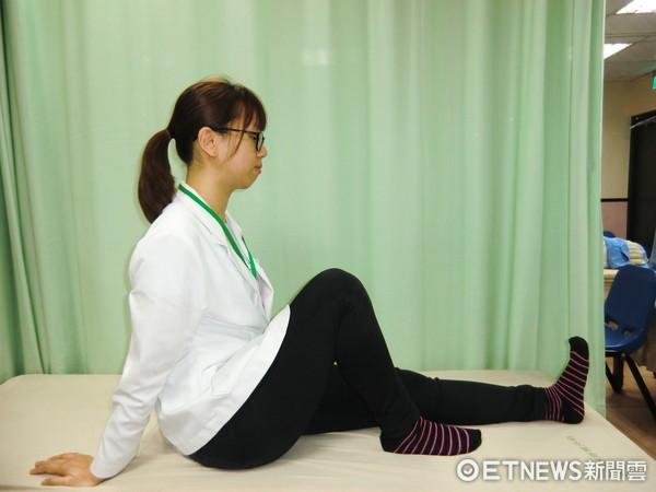 ▲通傳二式,蘇慧宜物理治療師。(圖/活力得中山脊椎外科醫院提供)