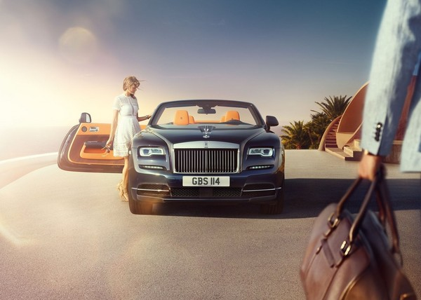 別嫌自家車老派 勞斯萊斯:「我們車主的平均年齡才45歲」(圖/翻攝自Rolls-Royce)