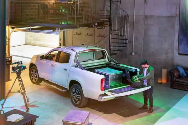 ▲「真男人」的霸氣賓士!X-Class皮卡車全球帥勁首演。(圖/翻攝自Mercedes-Benz)
