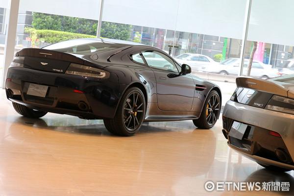 ▲938萬限量4部!Aston Martin「紅牛」特仕超跑登台。(圖/記者張慶輝攝)