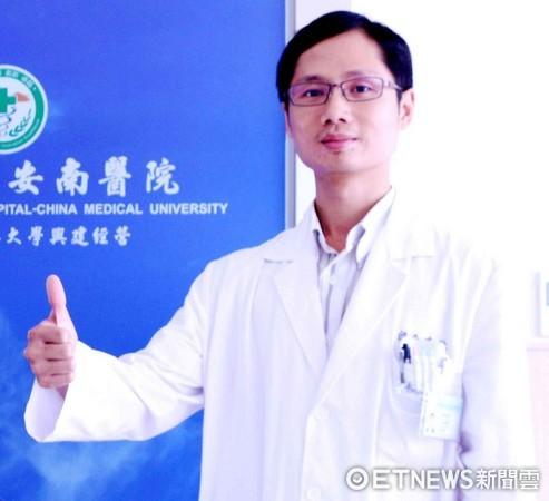 ▲神經內科李建欣醫師指出,台南市立安南醫院開設「失智症中西醫合療門診」結合中西醫不同的治療優勢為患者服務。(圖/安南醫院提供)