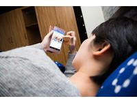 手機藍光致黃斑部病變? 錯!「漸進式影響」一次解答
